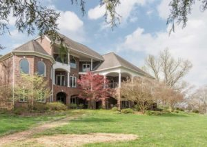 Waterfront home for sale near Clarksville TN – The Really Good Life | Clarksville TN waterfront homes for sale